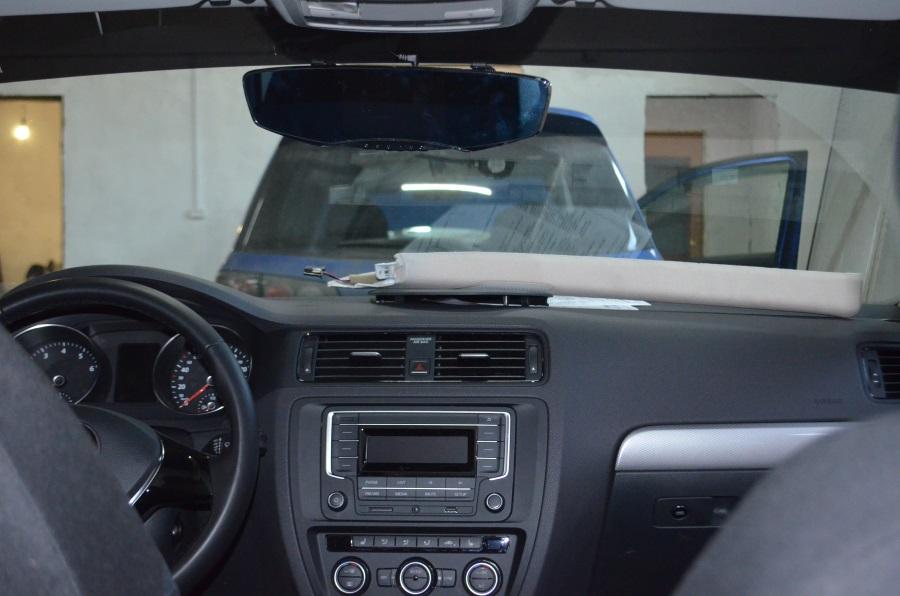 Монитор камеры встроенный в зеркало заднего вида